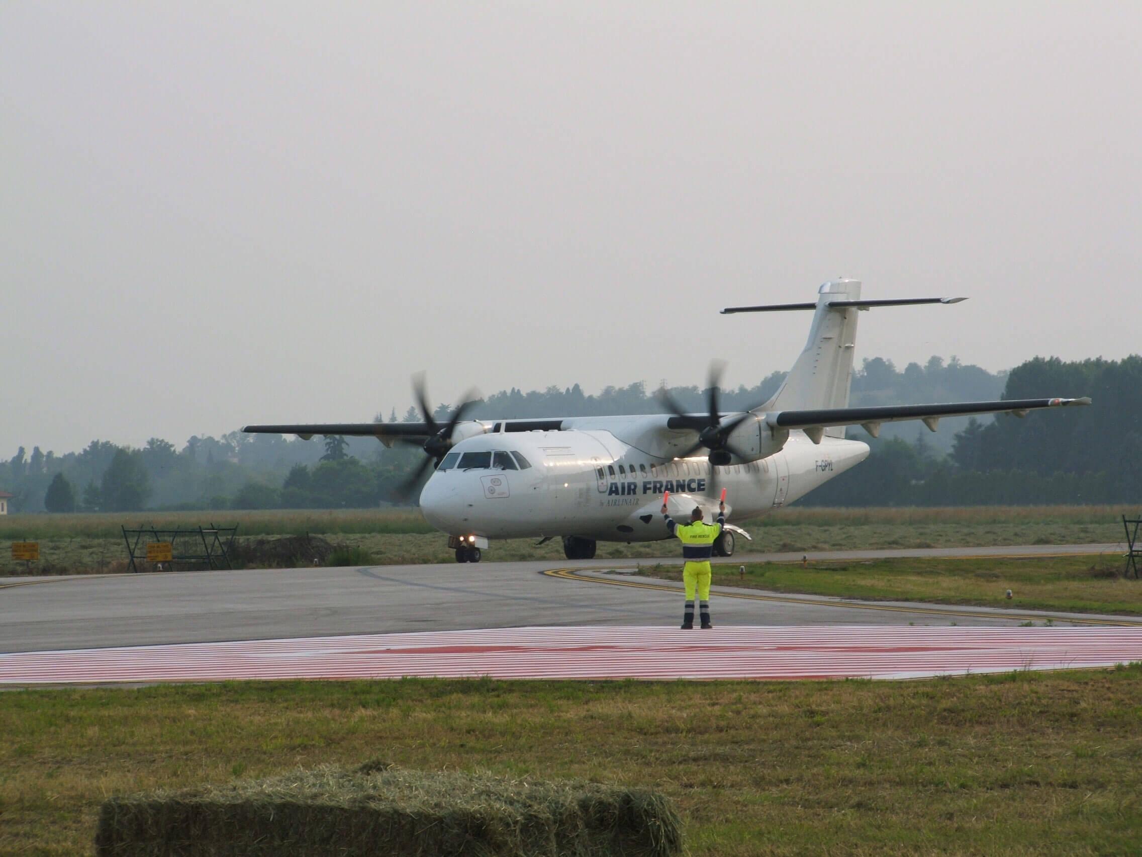 Secouriste aéroportuaire pour héliports et hélisurfaces