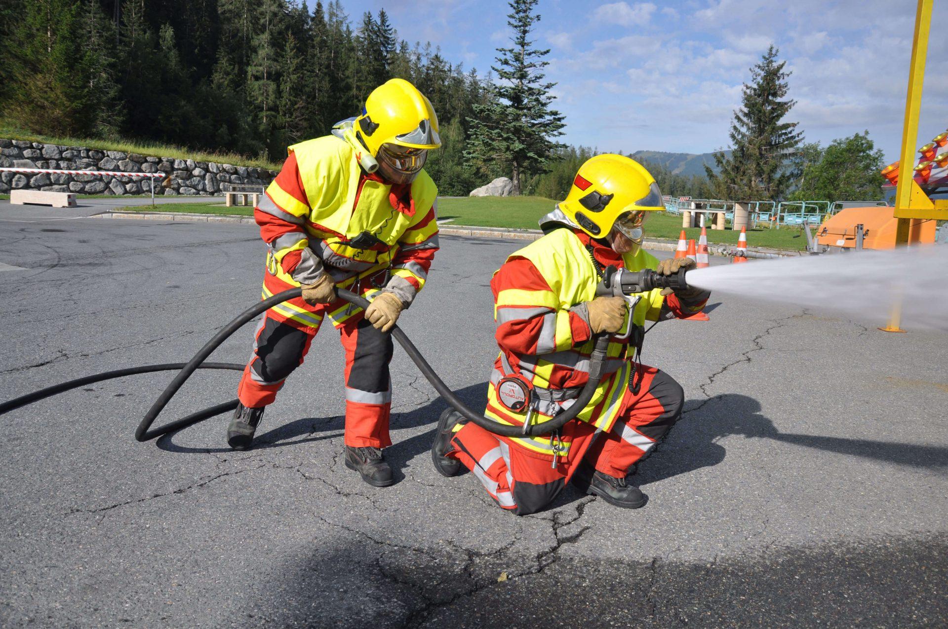 Coordinamento delle operazioni Del capo squadra / soccorso / evacuazione