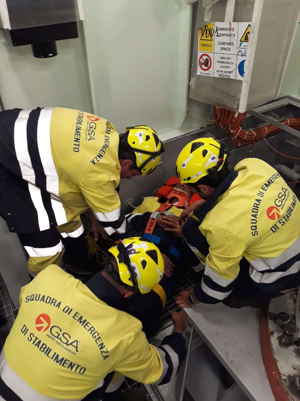 Use of class 3 PPE – Self-contained breathing apparatuses for rescue operations